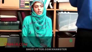 arab stepmom Mindi Mink