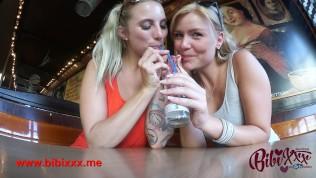 Hanna Secret & Bibixxx!! Geil in der Öffentlichkeit.mp4